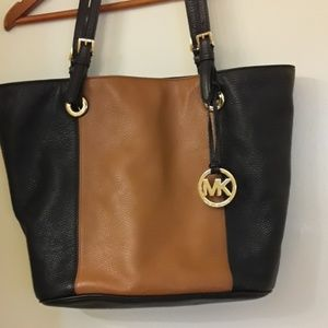 Michael kors leather two toned bag